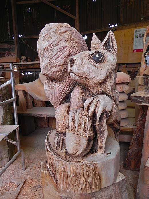 wood-carving02.jpg